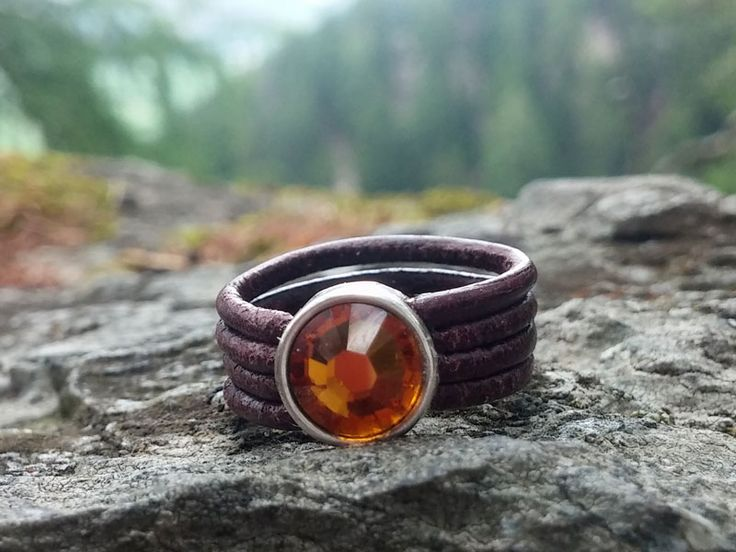 Lederring mit Glasschliff-Element