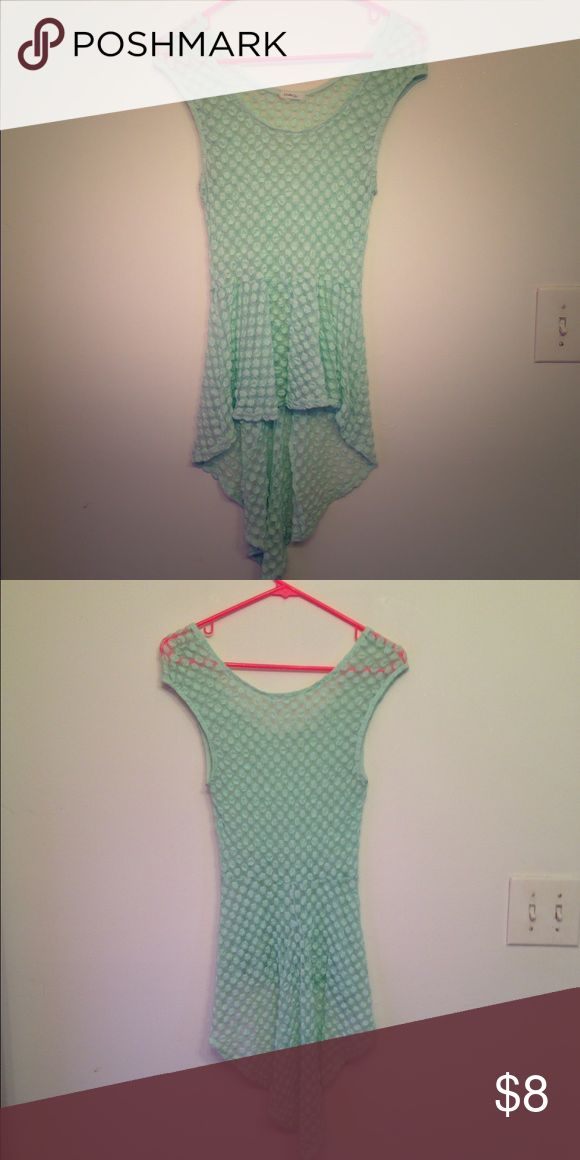 Mint Green top, women's Mint green top. Very comfortable and cute, longer in the back Tops Tank Tops