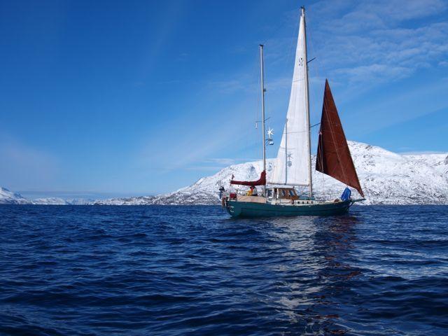Auf dem Boot 'La Belle Epoque' segelt ein Paar um die Welt. Gefunden in www.polarsee360.org Episode 07