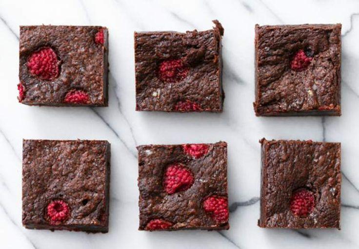 Chocolade brownies met frambozen en zeezout