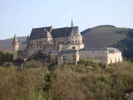 Middeleeuws kasteel Vianden  #Vianden #Luxemburg #Luxembourg #kasteel #castle #vakantie #Luxembourgcard