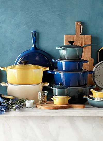 love Le Creuset cast-iron cookware  http://rstyle.me/n/qiq3epdpe