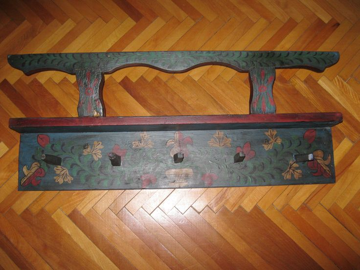 Antique hand painted traditional Hungarian / Romanian pottery holder / wall hanging shelf, rack originated from Transylvania / Calata / Kalotaszeg region. Available at www.greatblouses.com