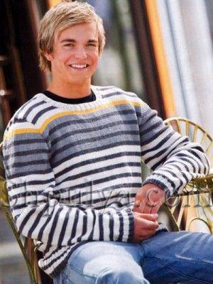 Мужской пуловер, связанный в полоску