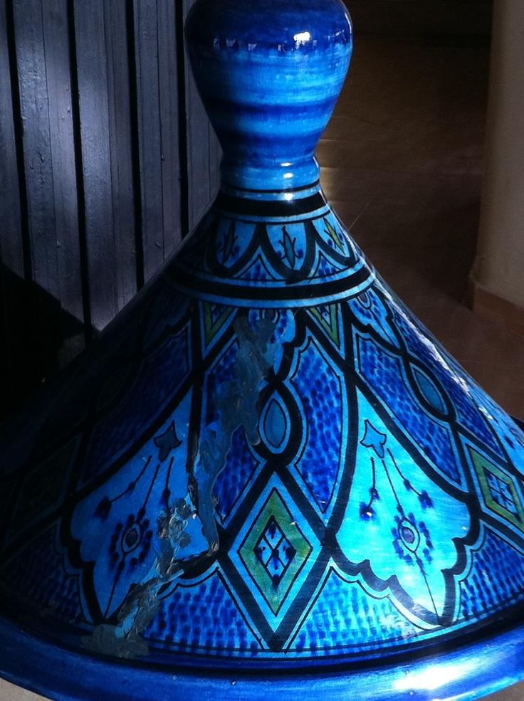 Gastronomía marroquí, tajin donde cocina extraordinarios y deliciosos manjares