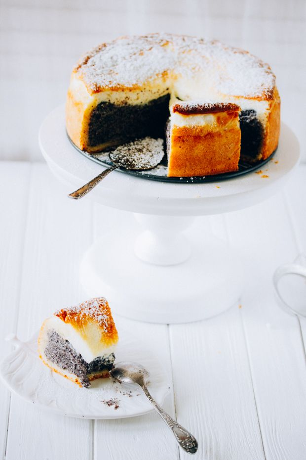 deep dish poppy seed cake with sour cream mousse