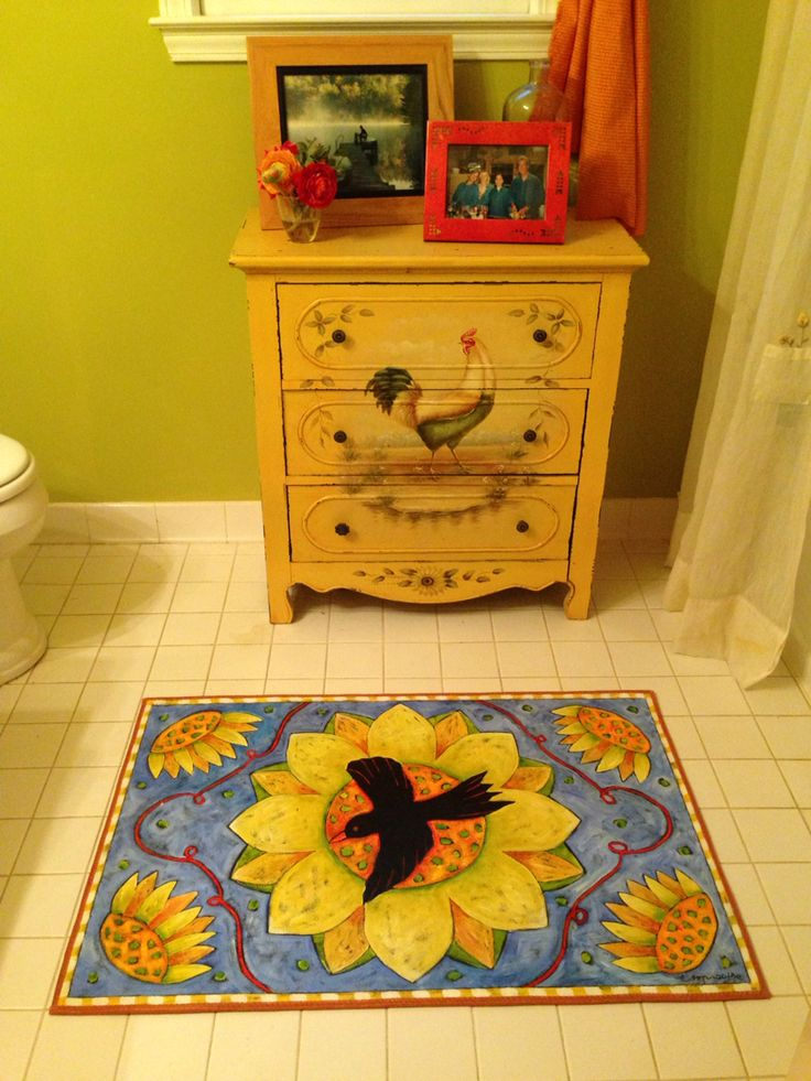 """""""Crow and Sunflower"""" Floorcloth in the bathroom!"""