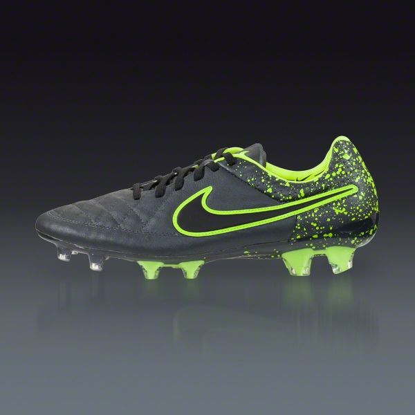 the latest 29a12 22a93 ... coupon nike tiempo legend v fg all black 8c59a baf6e