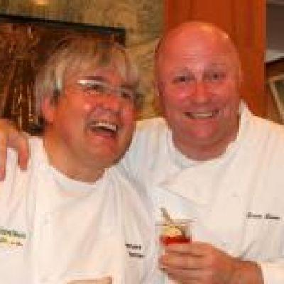 Herbert Hintner e Dario Loison hanno in comune un innato entusiasmo per il proprio lavoro; per lo chef utilizzare i dolci Loison nella sua cucina è sempre una nuova sfida | #chef #InsolitoPanettone