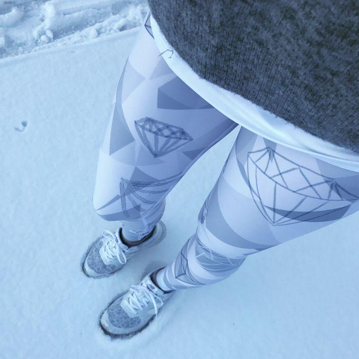 Sparkling Stones workout wear, tights, www.mymoodsport.com