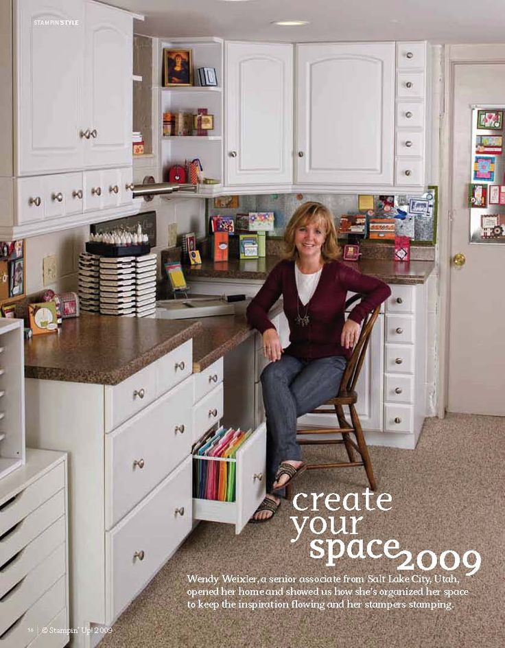 Wickedly Wonderful Creations: I am ZE COOLEST!!! I love the small drawer cabinets, it's such a great idea!