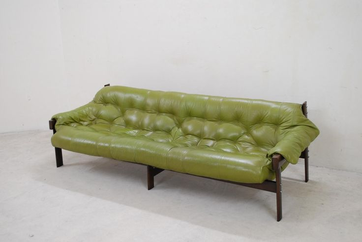 Yes, please!  Lime Green Leather Sofa from Percival Lafer, 1961 6