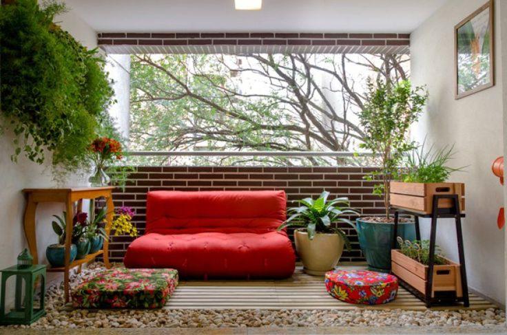 01-inspiracao-do-dia-varanda-aconchegante-com-futon-horta                                                                                                                                                                                 Mais