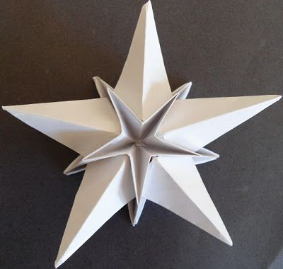 3-D pentagonal star.  Diagrams here: adobracya.blogspo...  There are more diagrams on this site.