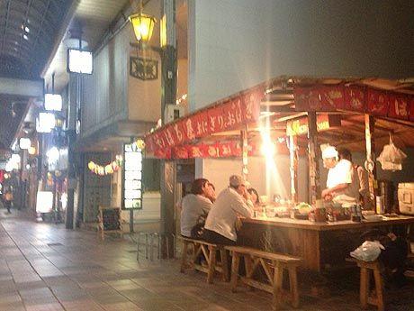 【関連画像】「サンロード魚町」の空き地で営業を続けるおでん屋台「はるや」 - 小倉経済新聞