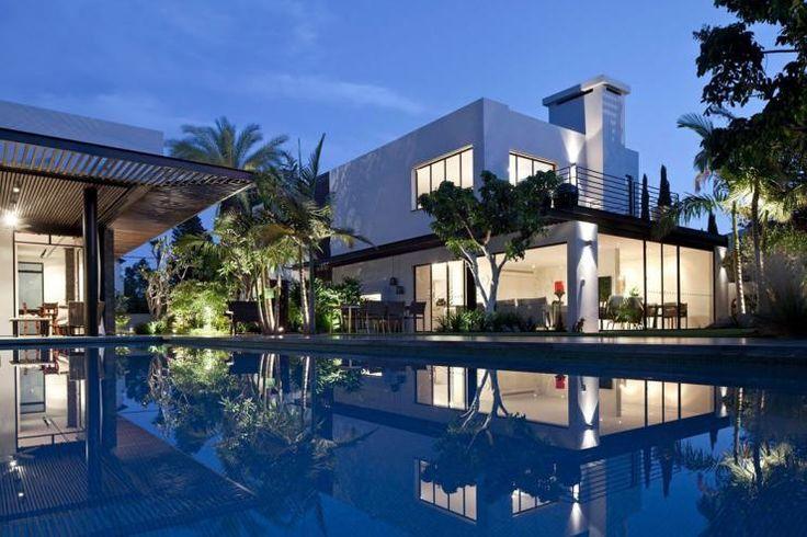 belle-maison-de-ville-luxe.jpg (740×493)