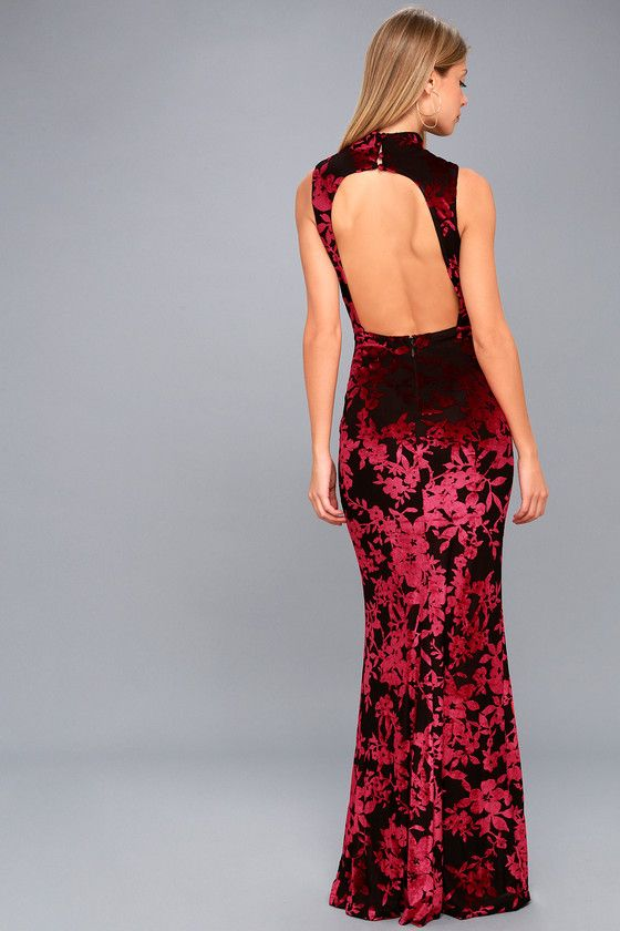 3fc9391d4d77 Dariana Black and Red Velvet Floral Print Backless Maxi Dress | Vestidos