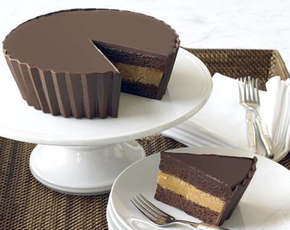 Peanut Butter Cup Cake @Lisa Bonk-Barnes