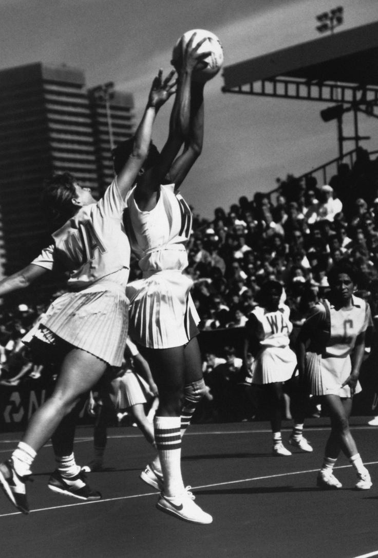 1987 World Netball Championships Glasgow. WA - Janelle Peterson C - Marcia Ella