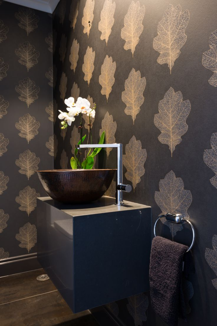 Powder Room. Mark Scowen photography