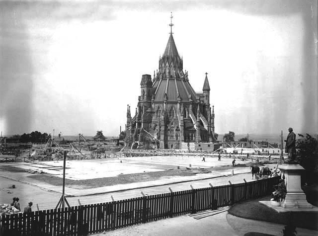 97 years ago, Feb 3, 1916, a massive fire burned the Parliament buildings to the ground. The Library of Parliament was saved thanks to a quick-thinking librarian who shut the massive iron doors that prevented the spread of fire and preserved thousands of historic documents. Thumbs up for librarians!    Photo Credit: Library and Archives Canada/PA-130625
