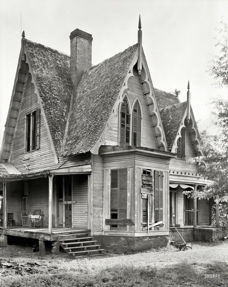 Gothic revival house the image kid has it for Gothic revival house