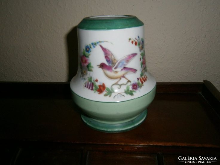 Antik kézzel festett tejüveg lámpatest.
