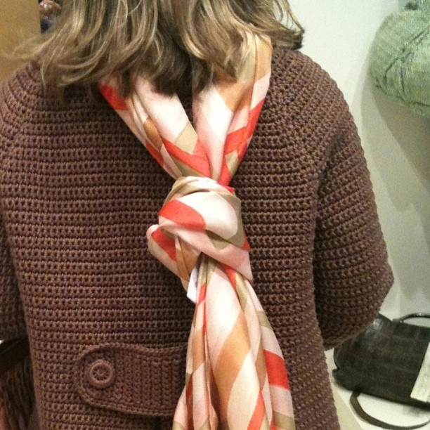 #crochet e #seta dipinta a mano #atelieraltrecosedilu via cerva #milano #claudiafsetedipinte #claudiaf #madeinitaly #fattoamano #heathmade #solocosebelle #instafashion #shopping via @Clarissa Vintage