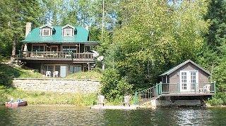 Honeymoon On Golden Pond Romantic Serenity near Mont Tremblant, Quebec Canada