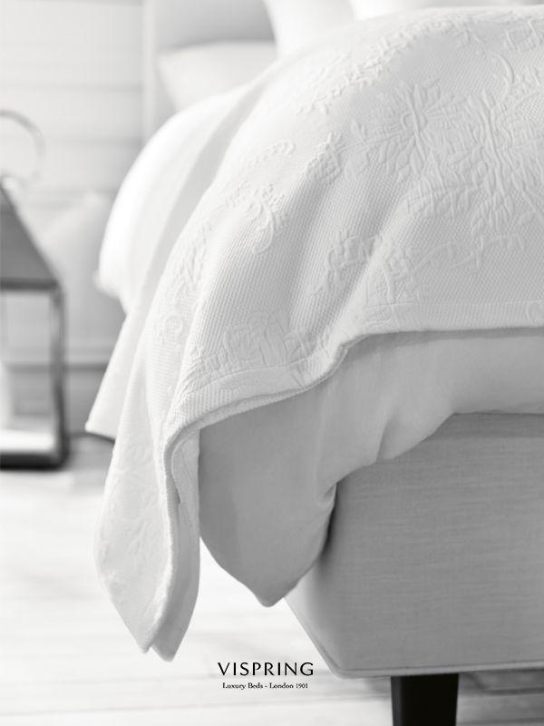 Black & white.  #VispringInspiration #bed #luxurybeds #inspo #cosiness
