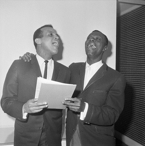 "Nat ""King"" Cole and Harry Belafonte were apparently moved to sing a song after signing formal contracts to create their business partnership, Cole-Belafonte Enterprises on February 19, 1960. The venture was formed to produce projects for the stage, film and television. #vintageblackglamour #vbgbook #NatKingCole #HarryBelafonte"