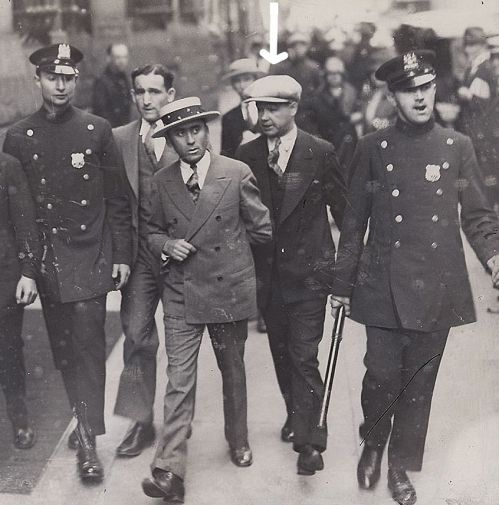 LEGENDARY TOUGH NEW YORK COP DETECTIVE JOHNNY BRODERICK ARTICLE,1930S NYPD DETECTIVE JOHNNY BRODERICK,1930S NYPD POLICE STORIES FROM THE VIO...