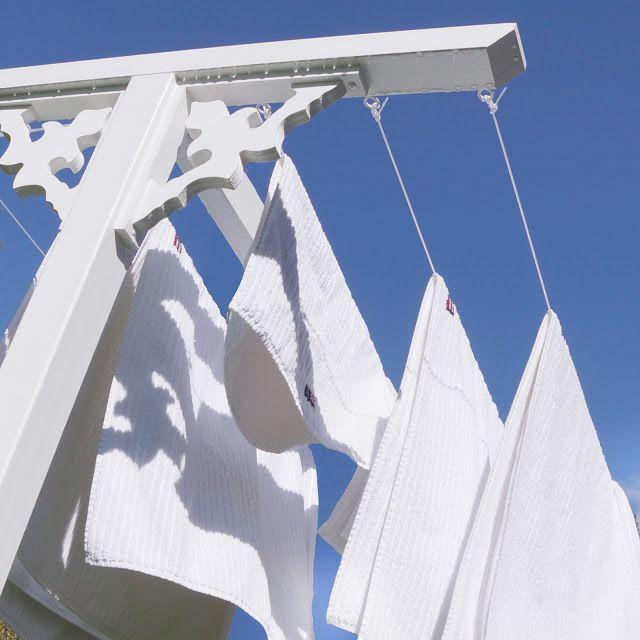 Torkställning, torkvinda, lexington, snickarglädje, blue sky, clean laundry, tvätt, handdukar, sweden, annashjartan, molban