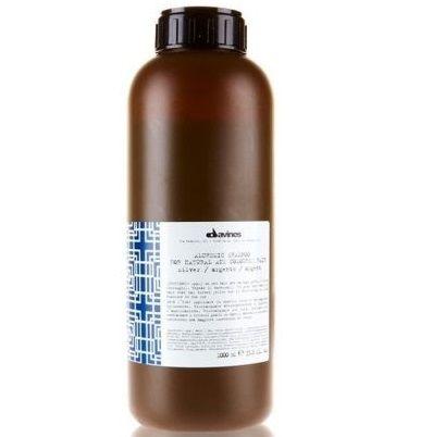 Davines Alchemic Silver Gümüş Şampuan 1000 ml ürünü ile saçlarınızın kökten uca yenilenmesini ve sağlıklı kalmasını sağlayabilirsiniz.Diğer Davines ürünleri için http://www.portakalrengi.com/davines sayfamızı ziyaret edebilir detaylı bilgilere ulaşabilirsiniz.