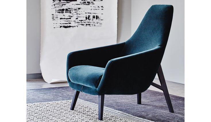 https://i.pinimg.com/736x/31/61/94/3161946625026a48fba82aa28704446c--upholstered-chairs-azure.jpg