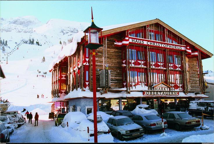 Das Appartementhaus Christophorus befindet sich direkt im Ort Obertauern und nur wenige Schritte vom Lift entfernt.