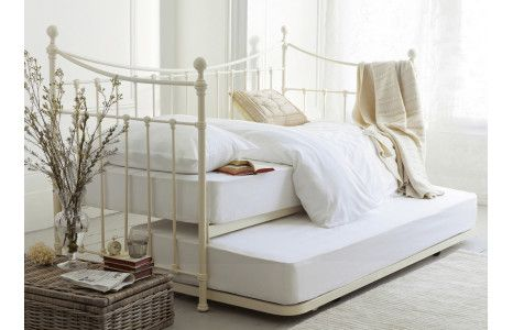 Hastings Ivory Day Bed