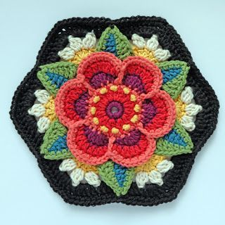 knit & crochet design: Frida's Flowers - Block Six