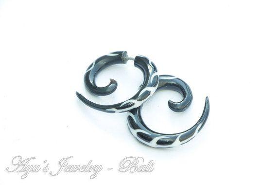 Black Spiral Fake Gauge Horn Earrings with White by ayujewelry, $15.00 #Etsy #Handmade #HornEarrings #Tribal #TribalEarrings #TribalStyle