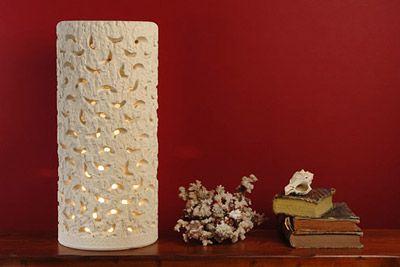 """Lampada cilindrica forata con sole inciso """"Le Meraviglie della Pietra"""" - Castrignano dei Greci (Lecce) http://www.lemeravigliedellapietra.com/lampadasei.htm"""