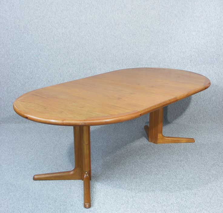 Fully restored mid century Danish Dyrlund teak dining table #vintagefurniture #restorations #refinishingfurniture #danish #table #teak #diningtable #dyrlund #newleaseonlife #restoringfurniture #midcenturydesign #recycling #beautiful #love #antiquesonline