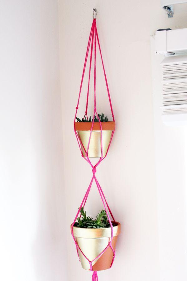 die besten 25 makramee pflanzenschaukeln ideen auf. Black Bedroom Furniture Sets. Home Design Ideas