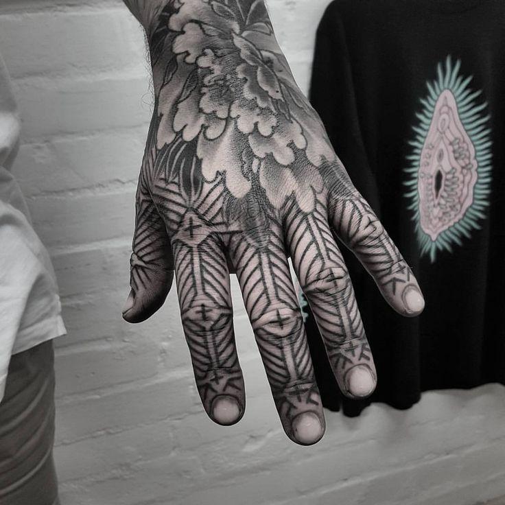 いいね!561件、コメント12件 ― Tristan - Te Rarawa/Te Aupouriさん(@dead_meat_tattoo)のInstagramアカウント: 「Cheers Matt! 🙌 info@sunsettattoo.co.nz www.sunsettattoo.co.nz www.deadmeattattoo.com…」