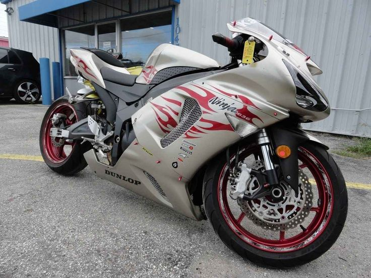Used 2006 Kawasaki NINJA ZX-6R Motorcycles For Sale in Florida,FL. 2006 Kawasaki ZX-6r Limited Edition, stretches and lowered, Tires are in great shape, Excellent condition. Must See, Excellent Condition. 75 motorcycles to choose from. Special motorcycle financing is available even with a low credit score, Visit Prime Motorcycles at 1045 North US Hwy.17-92 Longwood, Florida 32750 Hours: 9-5 Tues. thru Sat. After hours appointments are also accepted, Please call Chad at 321-203-4538 for…