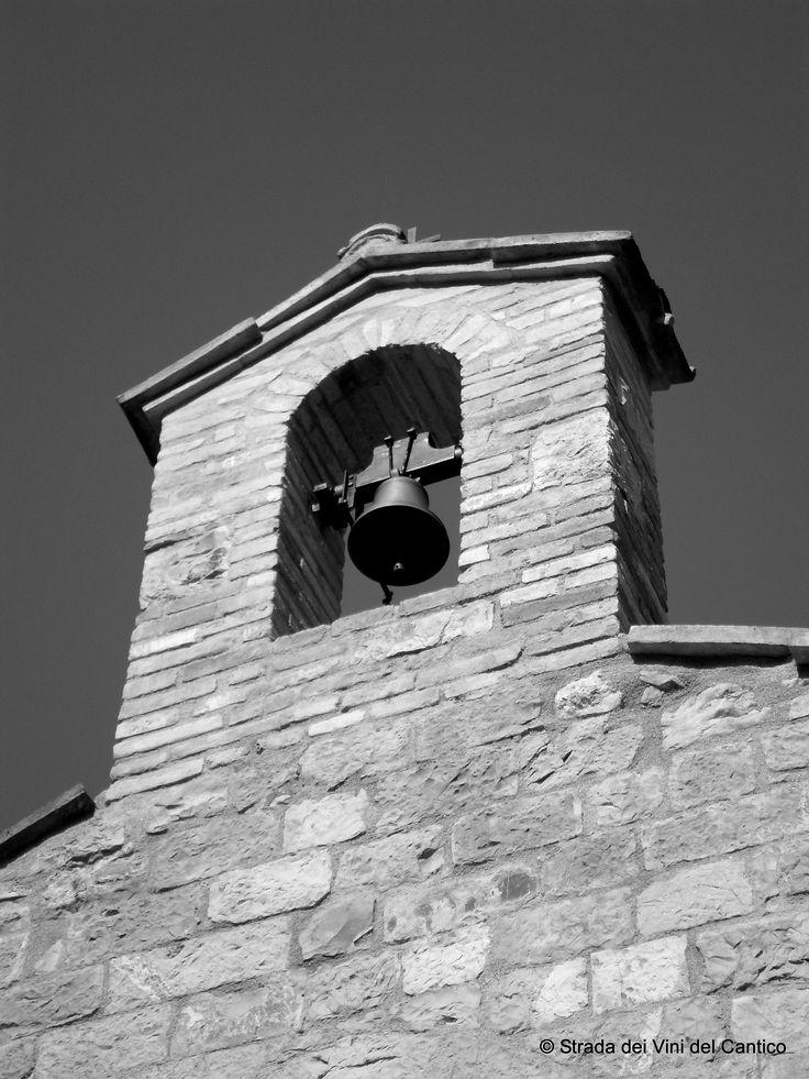 """Assisi, non solo francescana. """"Umbria, terra di santi e vini"""". Così recita uno dei nostri migliori claim. Proprio questo stretto connubio ci ha portato nel cuore del Bosco FAI di San Francesco, alla prima Festa dei Boschi. http://www.stradadeivinidelcantico.com/2015/04/12/assisi-non-solo-francescana/"""