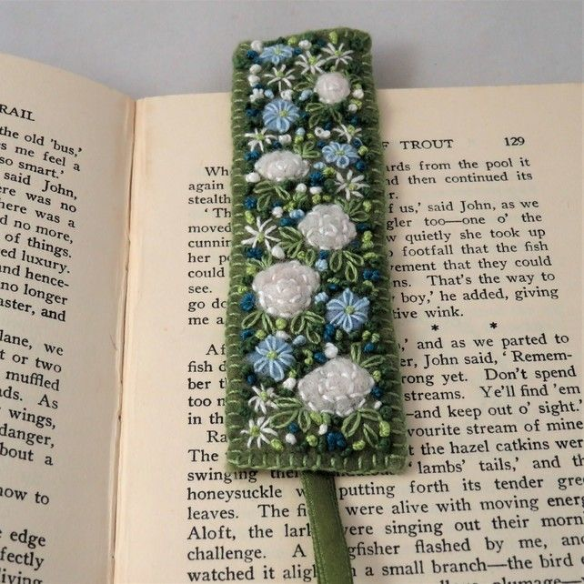 White roses with blue anemones Bookmark - embroidered and felted