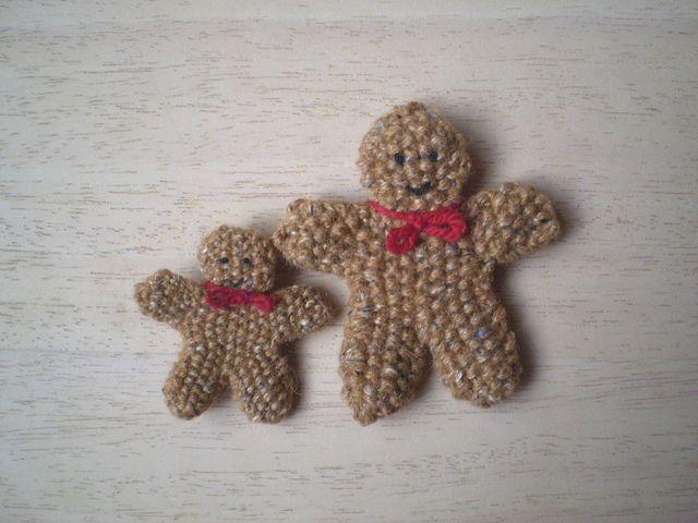Christmas Gingerbread Man Knitting Pattern : free - Gingerbread Man 03 by Rosemily1, via Flickr Christmas knits Pinter...