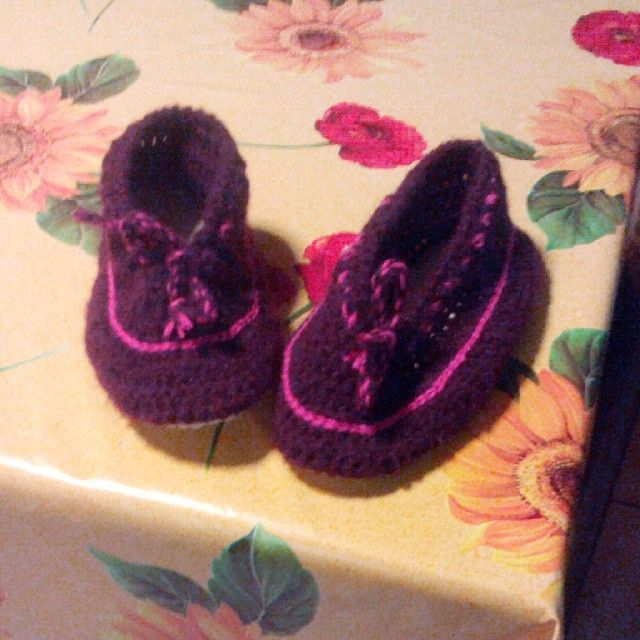 Pantofole di lana viola
