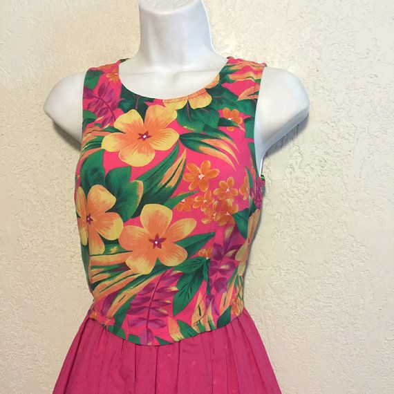 1980s Tropical Button Back Rayon Crop Blouse by kitschbitchvintage