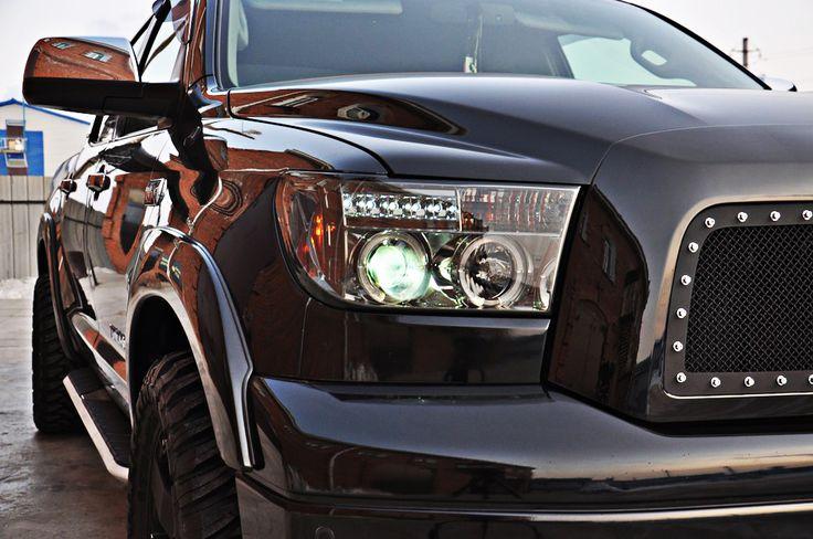 Toyota Sequoia Club - Тюнинг-решетка радиатора (черная)